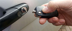 automotive key locksmith